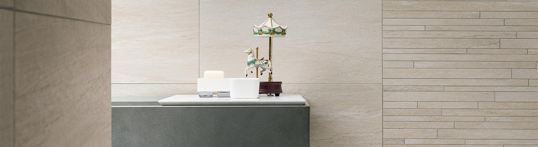 gro e moderne fliesenausstellung knapp fliesen. Black Bedroom Furniture Sets. Home Design Ideas